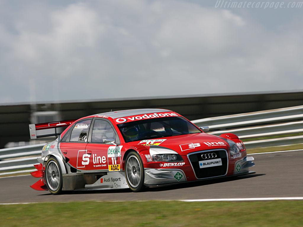 Audi_a4_dtm2