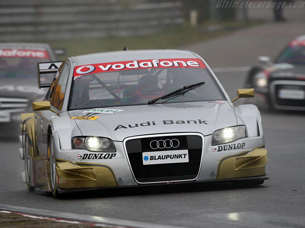 Audi_a4_dtm8