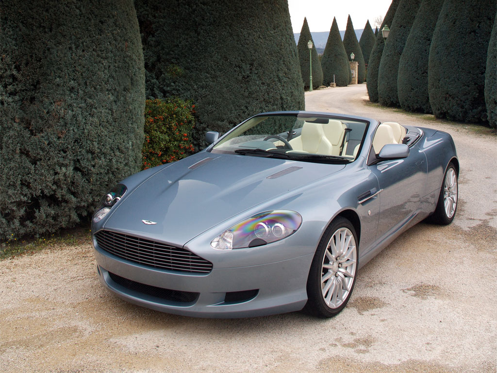 Aston_martins_db9_volante_07