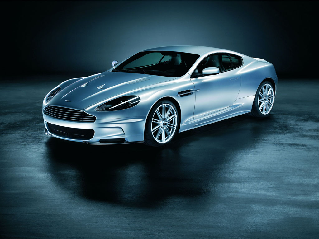 Aston_martins_dbs