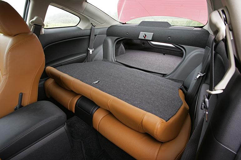 Nissan_skyline_coupe_prototype13