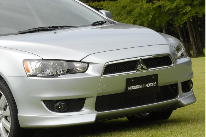 Mitsubishi_galant_fortis4