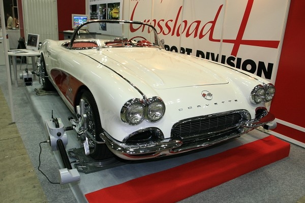 Crossload_chevrolet_corvette_c1