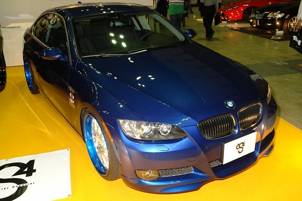 Es4_bmw_335i_coupe