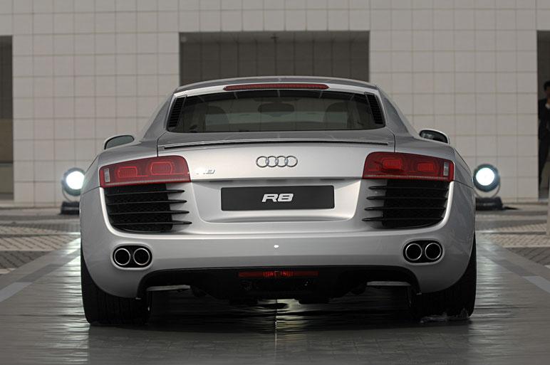 Audi_r811