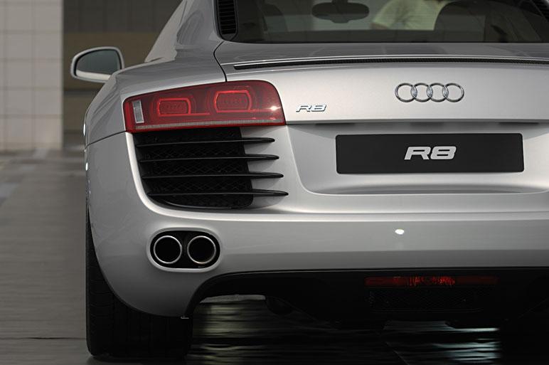 Audi_r812