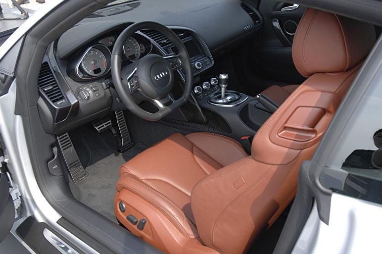 Audi_r817