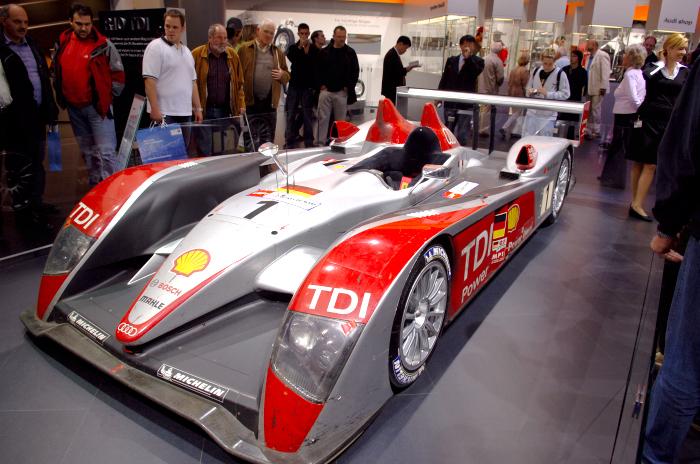 Audi_r8_lemans