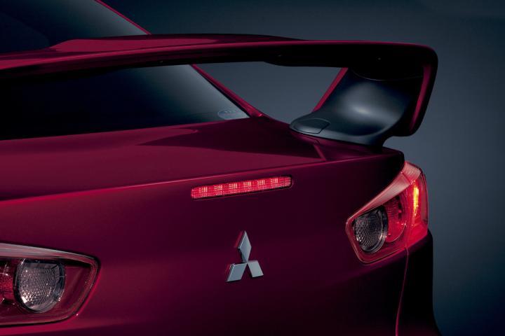 Mitsubishi_lancer_evolution_x22