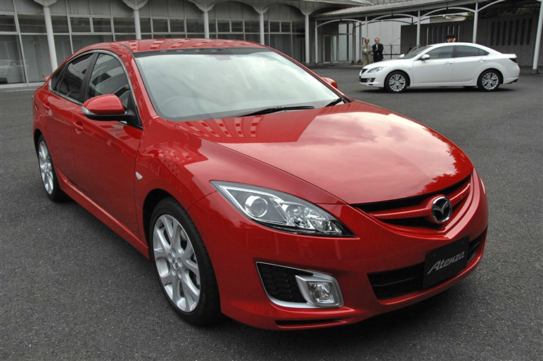 Mazda_atenza