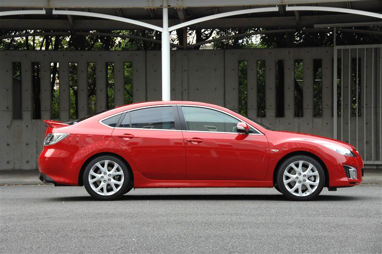 Mazda_atenza2