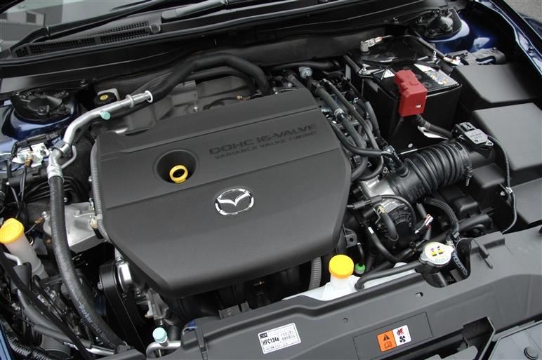 Mazda_atenza_wagon4
