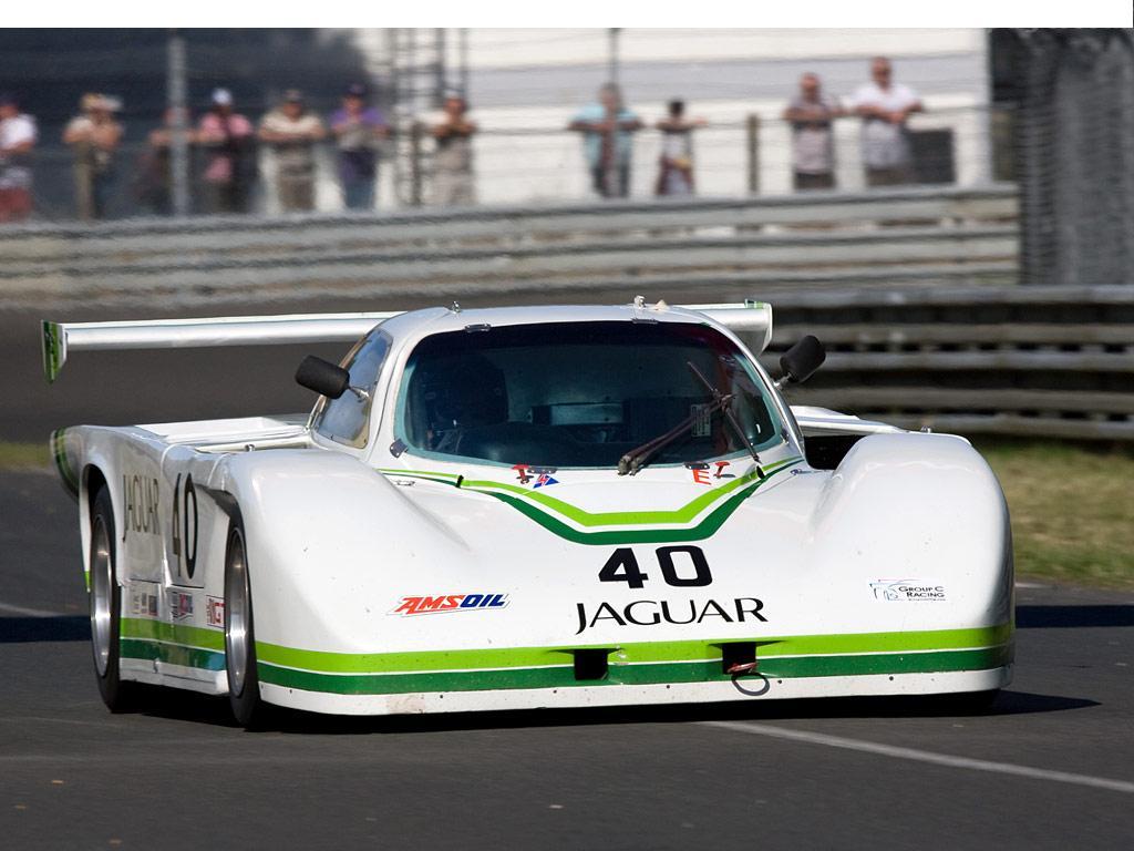 Jaguar_xjr5