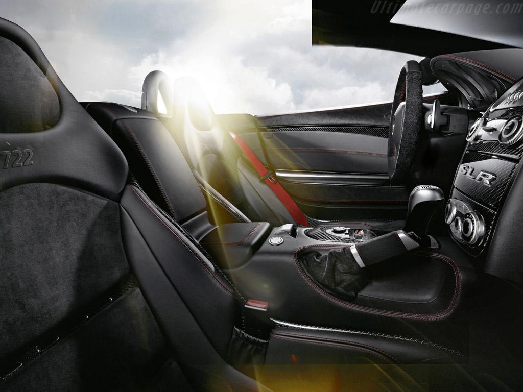 Mercedes_benz_slr_mclaren_roadste_5