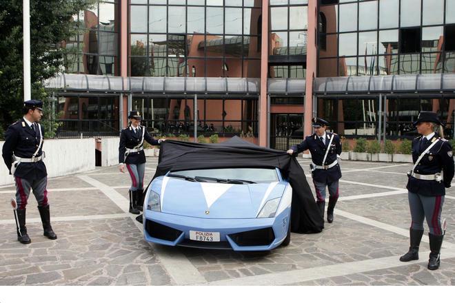 Lamborghini_gallardo_lp5604_2