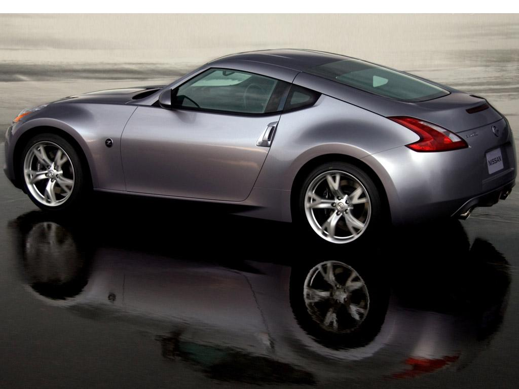 Nissan_370z_coupe1