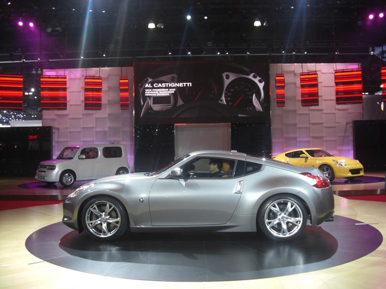 Nissan_370z