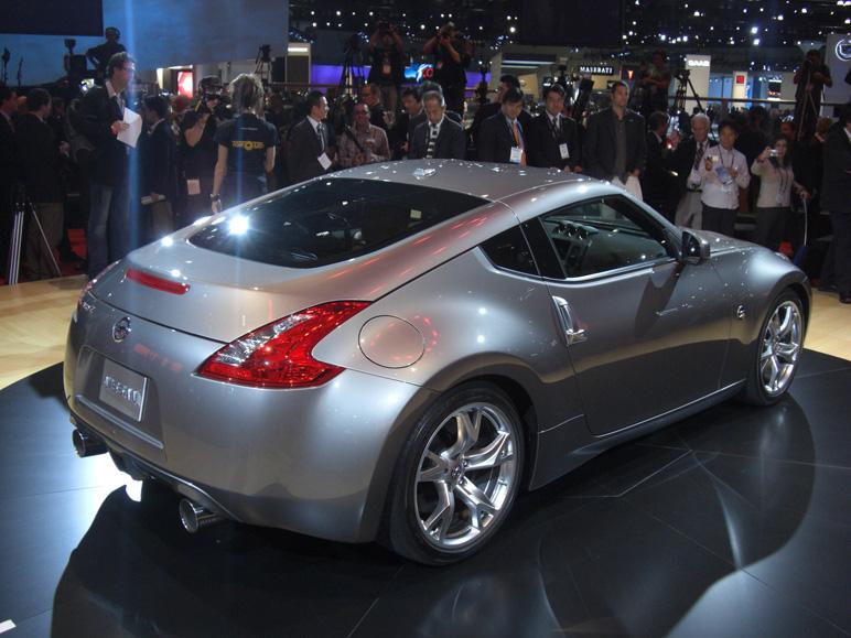 Nissan_370z4