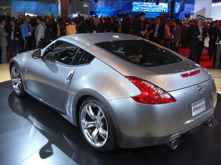 Nissan_370z6